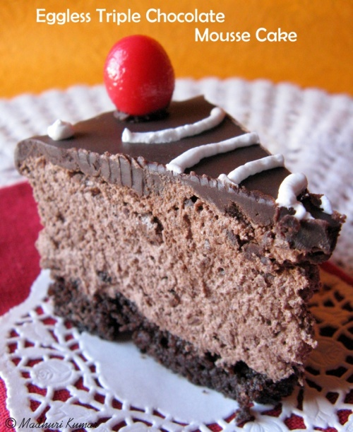 Eggless Triple Chocolate Mousse Cake 5